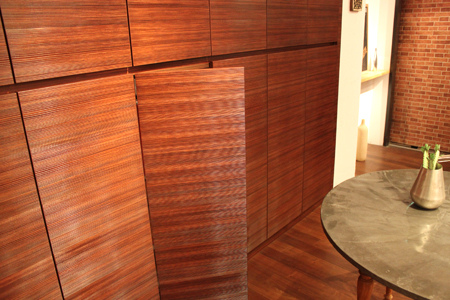 手づくりのぬくもりがつたわる家具